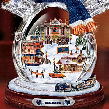 Chicago Bears Masterpiece Edition Crystal Snowman Figurine - Detail