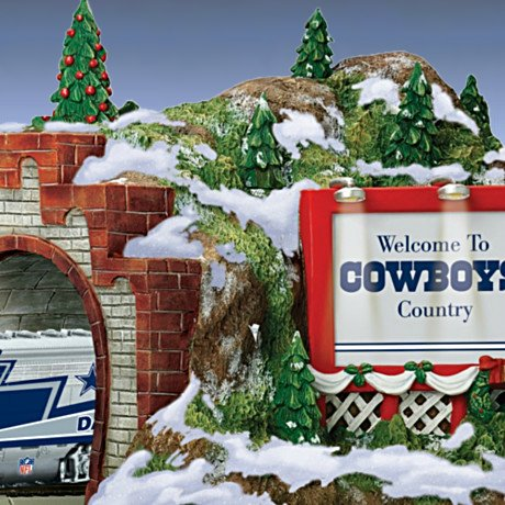 Train Accessory: NFL Dallas Cowboys Christmas Mountain Tunnel - Detail