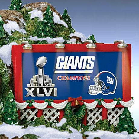 Train Accessory: NFL New York Giants Christmas Mountain Tunnel - Detail