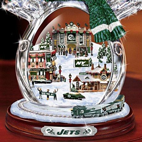 New York Jets Masterpiece Edition Crystal Snowman Figurine - Detail