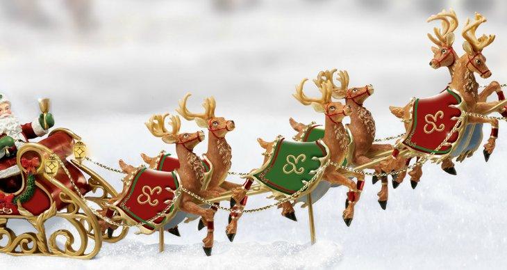 Santa And Sleigh Figurine Village Accessory: Dash Away, Dash Away All - detail