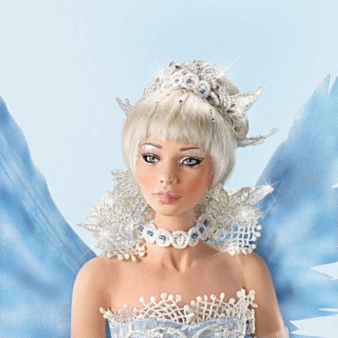 Ice Fantasy Doll - detail