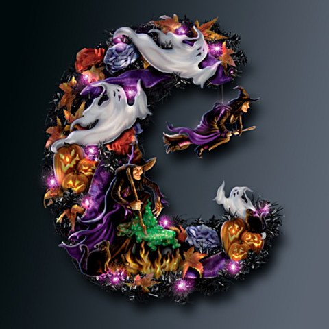 Best Witches Halloween Wreath - Dark