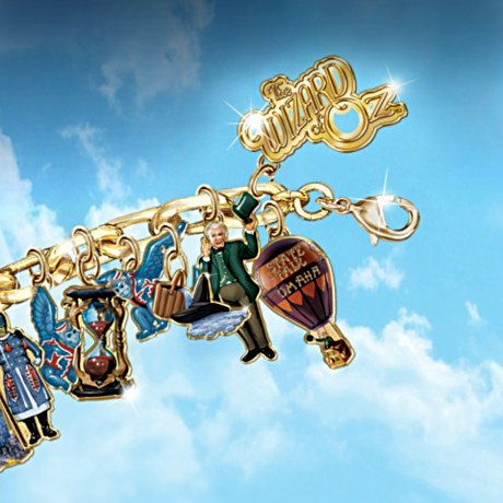 Wizard Of Oz Ultimate Charm Bracelet: Engraved Wizard Of Oz Jewelry Collectible - Detail