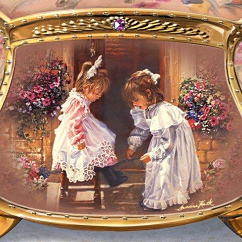 Sandra Kuck My Sister, My Friend Collectible Music Box - Detail