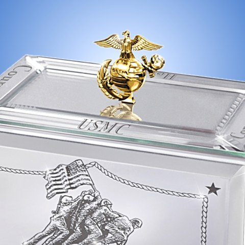 USMC Music Box: Reflections Of A Hero - detail